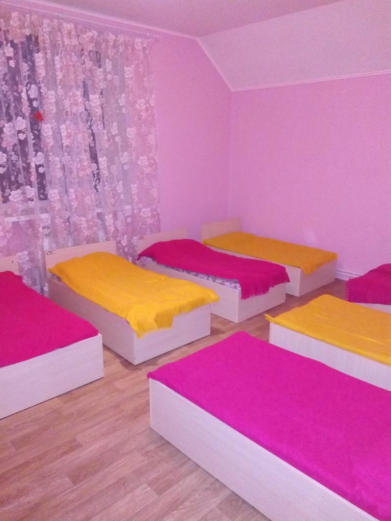 Спальня для девочек - старшая группа